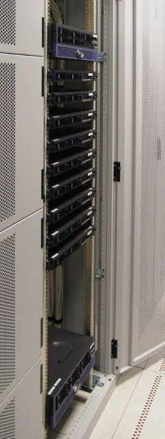 Rack typique d'un data center